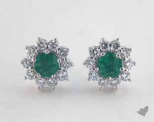 18K White Gold - 0.65tcw  - Round - Green Emerald Earrings