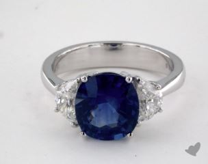18K White Gold - 3.34ct Cushion- - Blue Sapphire