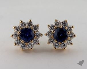 18K Yellow Gold Starburst 1.89tcw Round Blue Sapphire and Diamond Earrings.