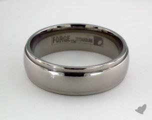 Titanium 7mm Comfort-Fit Stepped Edge Design Ring
